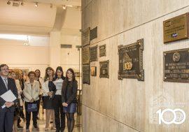 Se descubrieron placas conmemorativas del Centenario